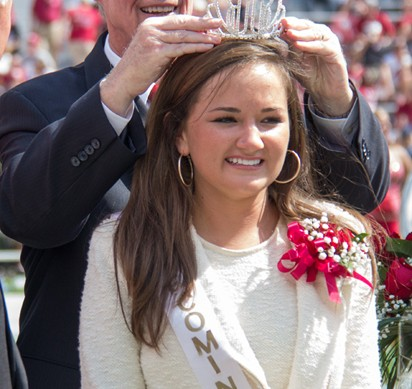 [Photos] Homecoming Halftime show-Bella Wesley Crowned as 2013 Homecoming Queen