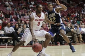 Men's basketball defeats Georgia State, advances to New York