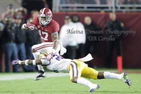 Top-ranked Tide upends Tigers